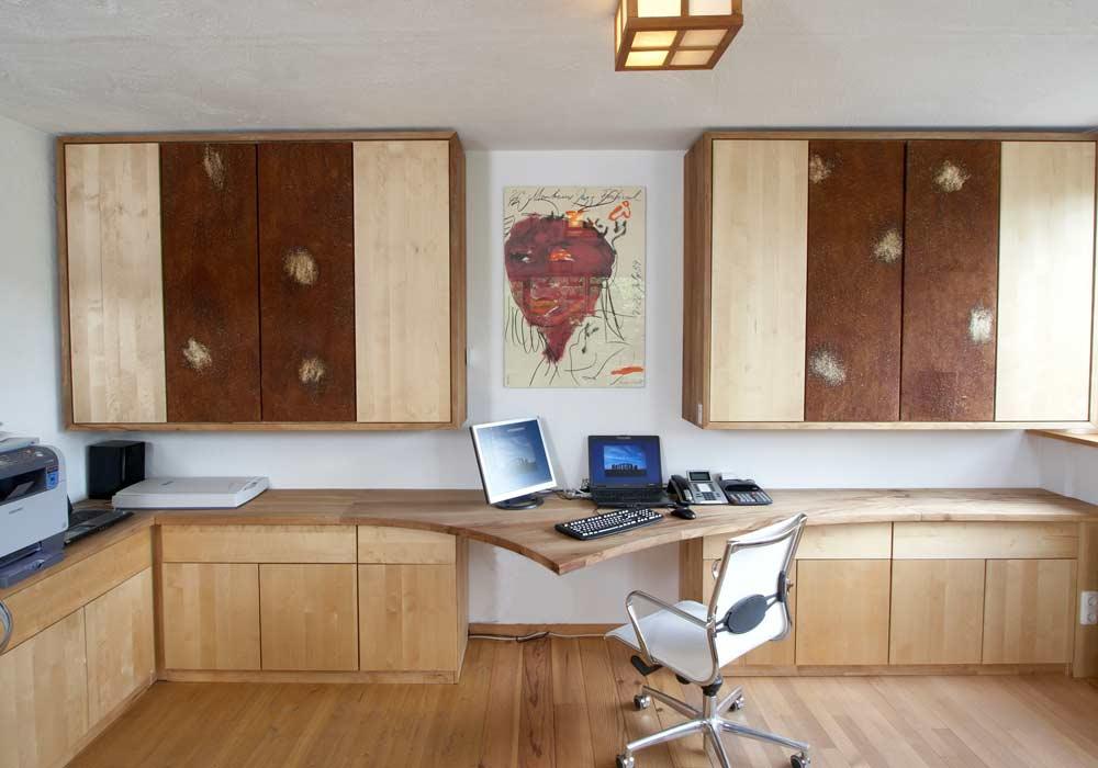 Büro mit Rindentuch