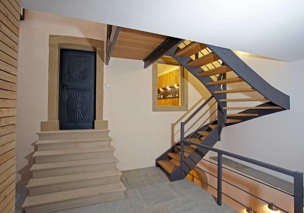 Treppe und Tür